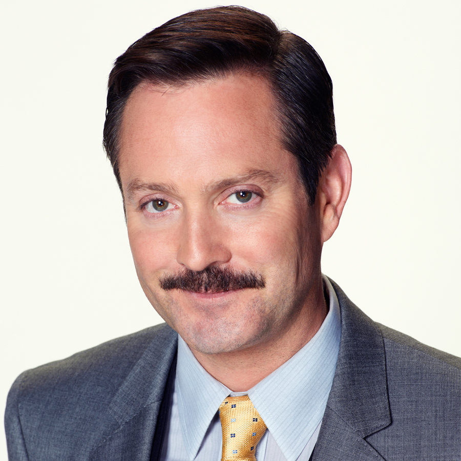 Thomas Lennon earned a  million dollar salary - leaving the net worth at 4 million in 2018