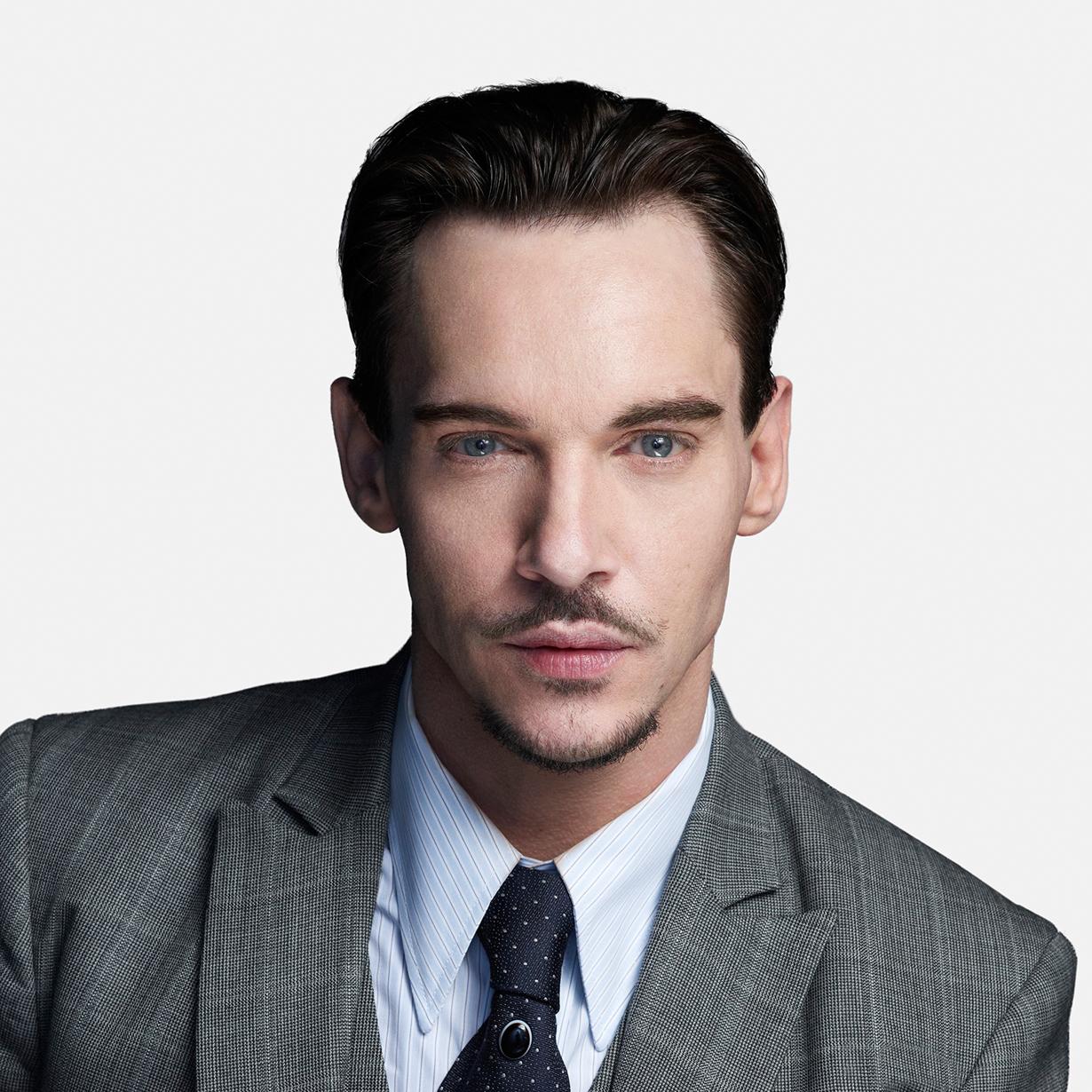 http://www.nbc.com/sites/nbcunbc/files/files/images/2013/12/10/NBC-Dracula-Jonathan-Rhys-Meyers.jpg