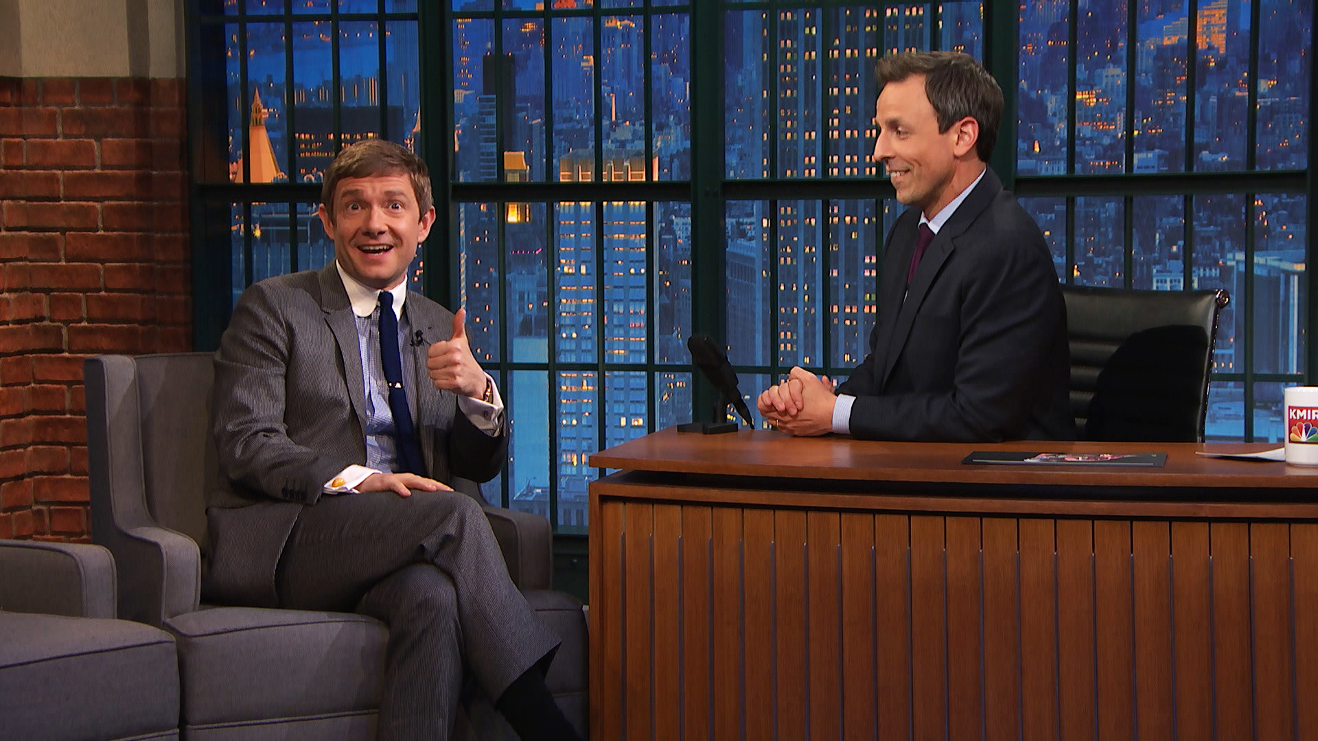 Martin freeman actually loves the american version of the office video late night with seth - The office american version ...