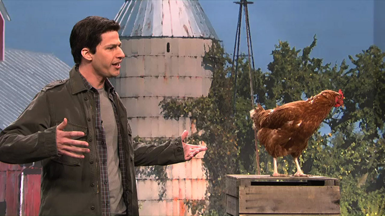 Watch Mark Wahlberg Talks To Animals From Saturday Night
