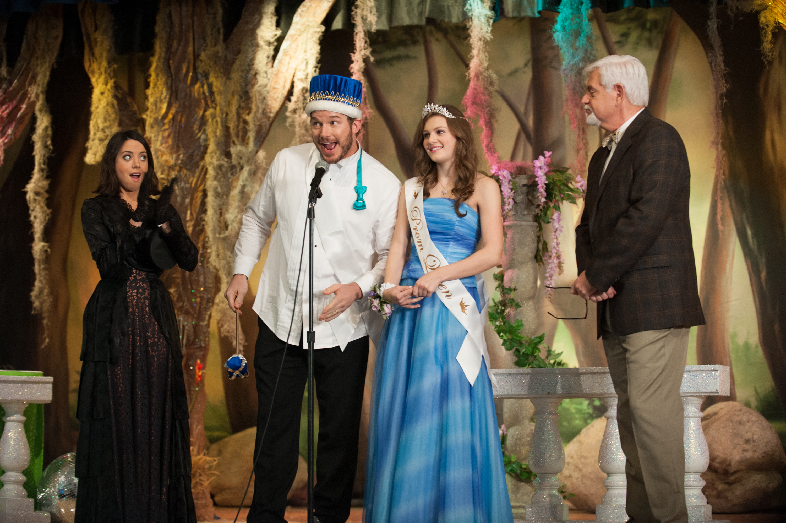 Parks and Recreation - Prom King Andy Dwyer gives speech