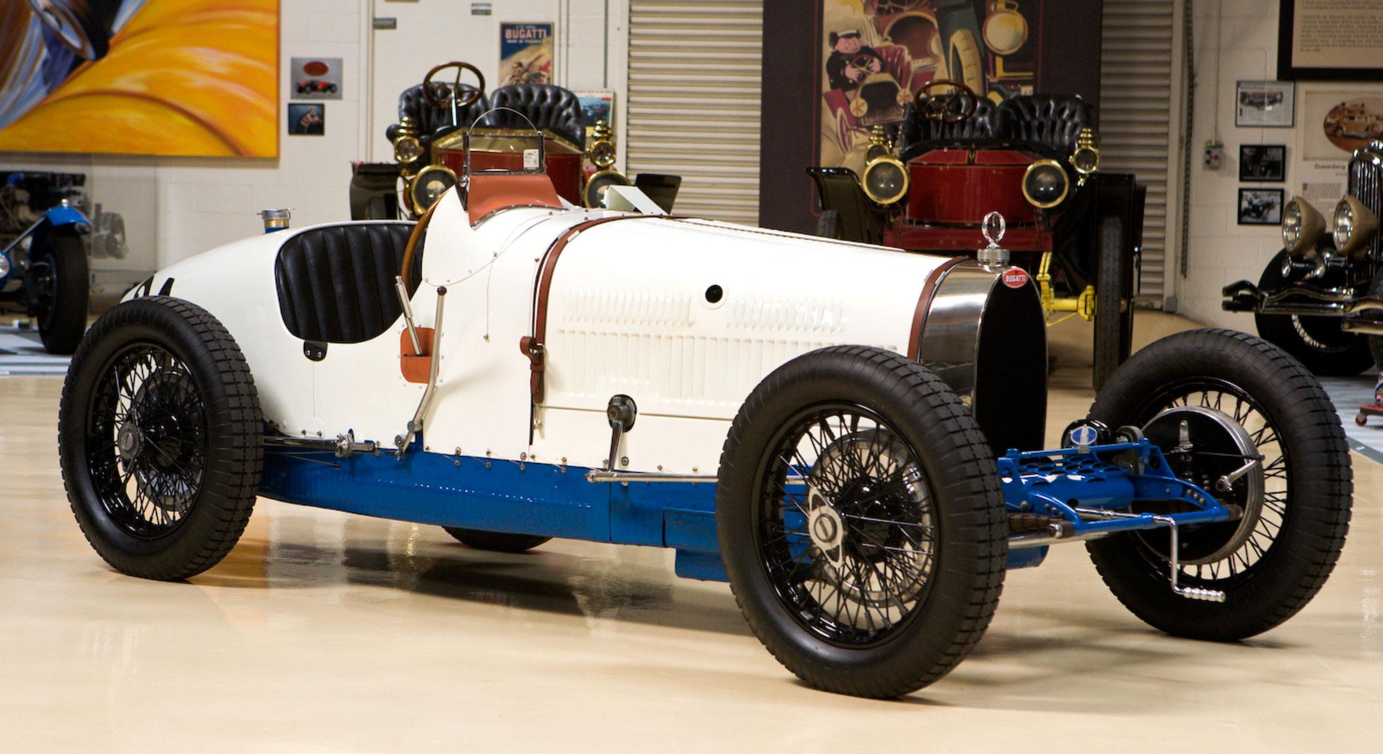 1928 bugatti type 37a video jay leno 39 s garage nbc. Black Bedroom Furniture Sets. Home Design Ideas