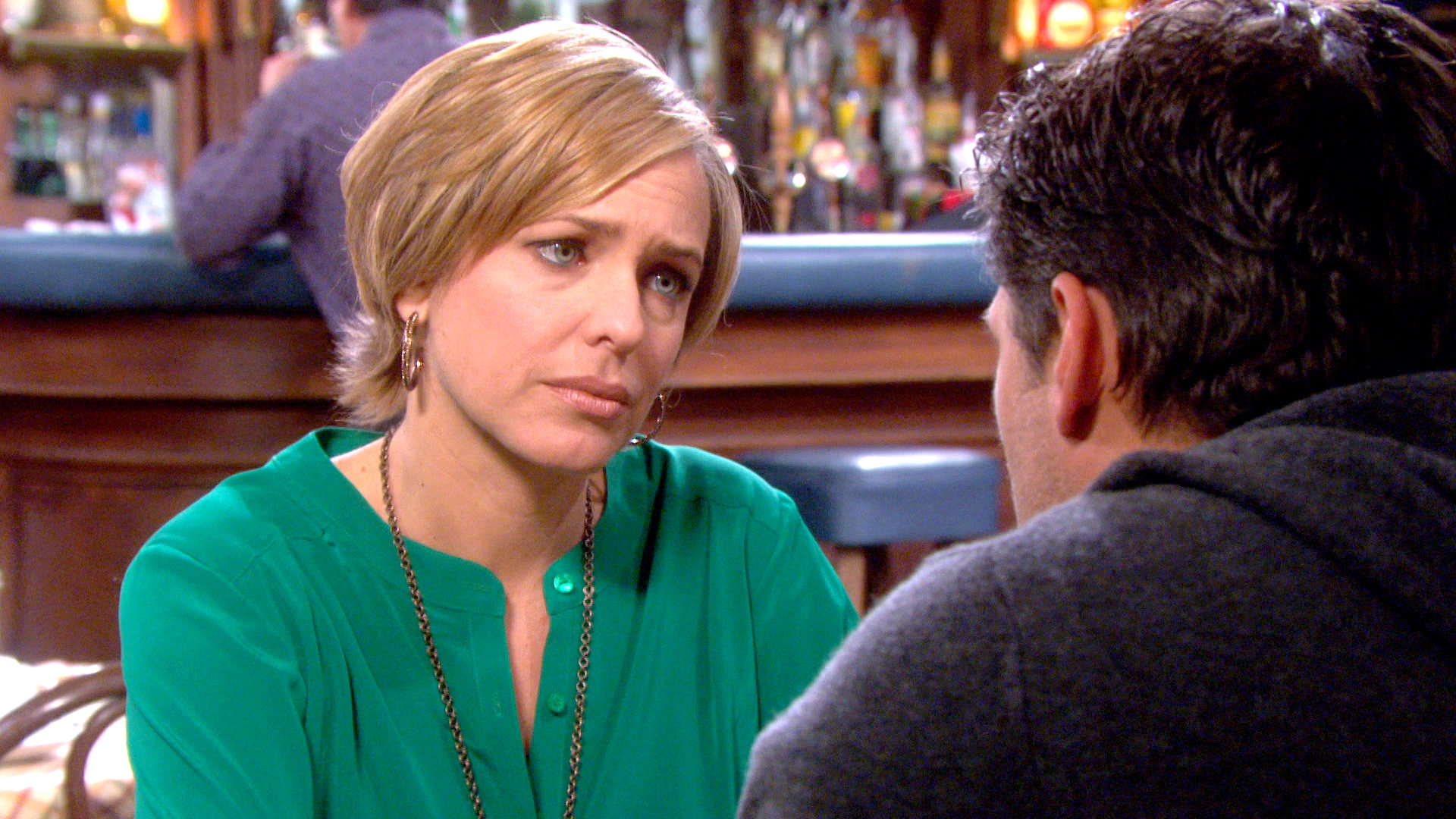 Nicole digs up dirt on Liam and uncovers startling information.