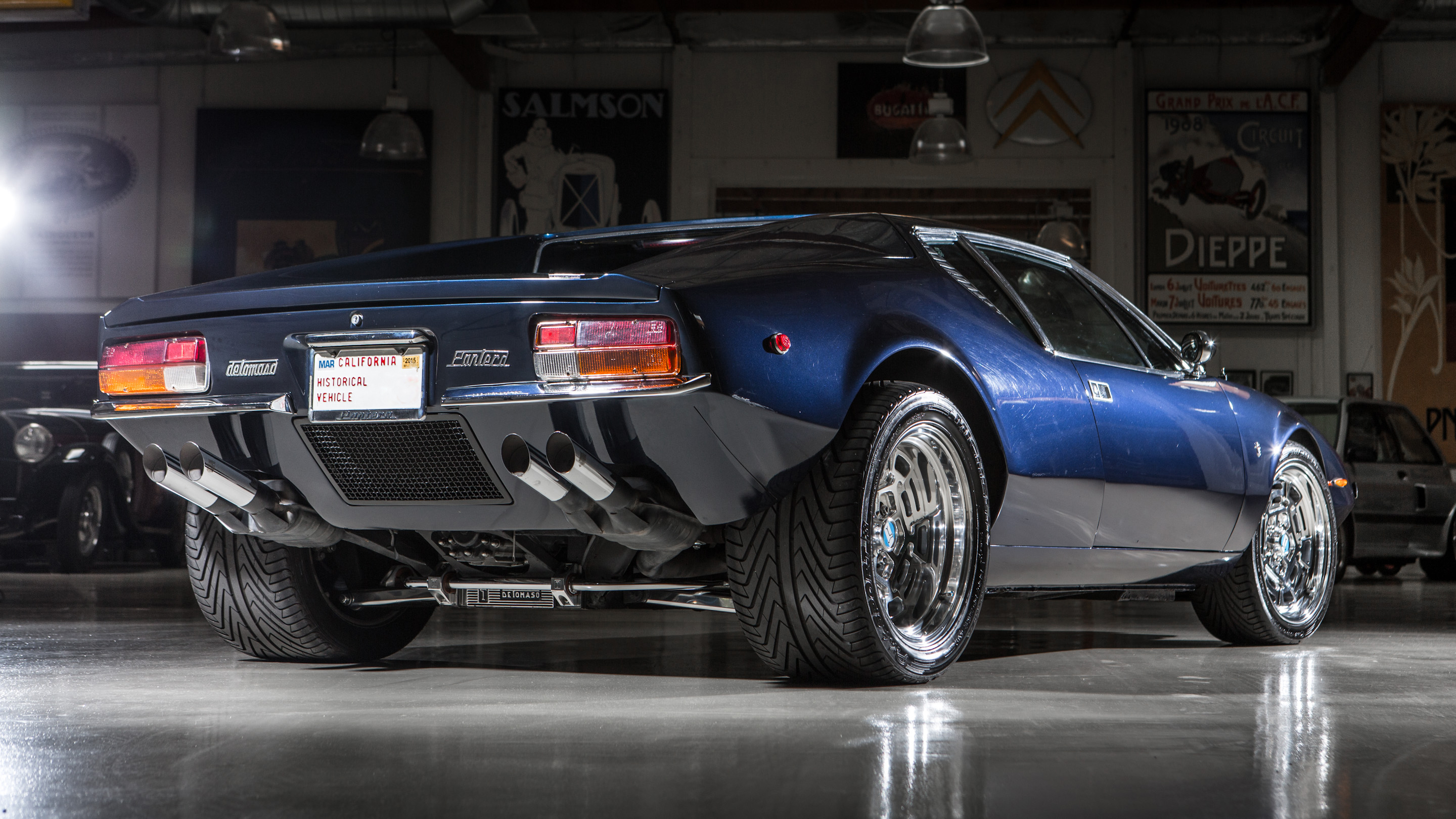1971 de tomaso pantera video jay leno 39 s garage nbc. Black Bedroom Furniture Sets. Home Design Ideas