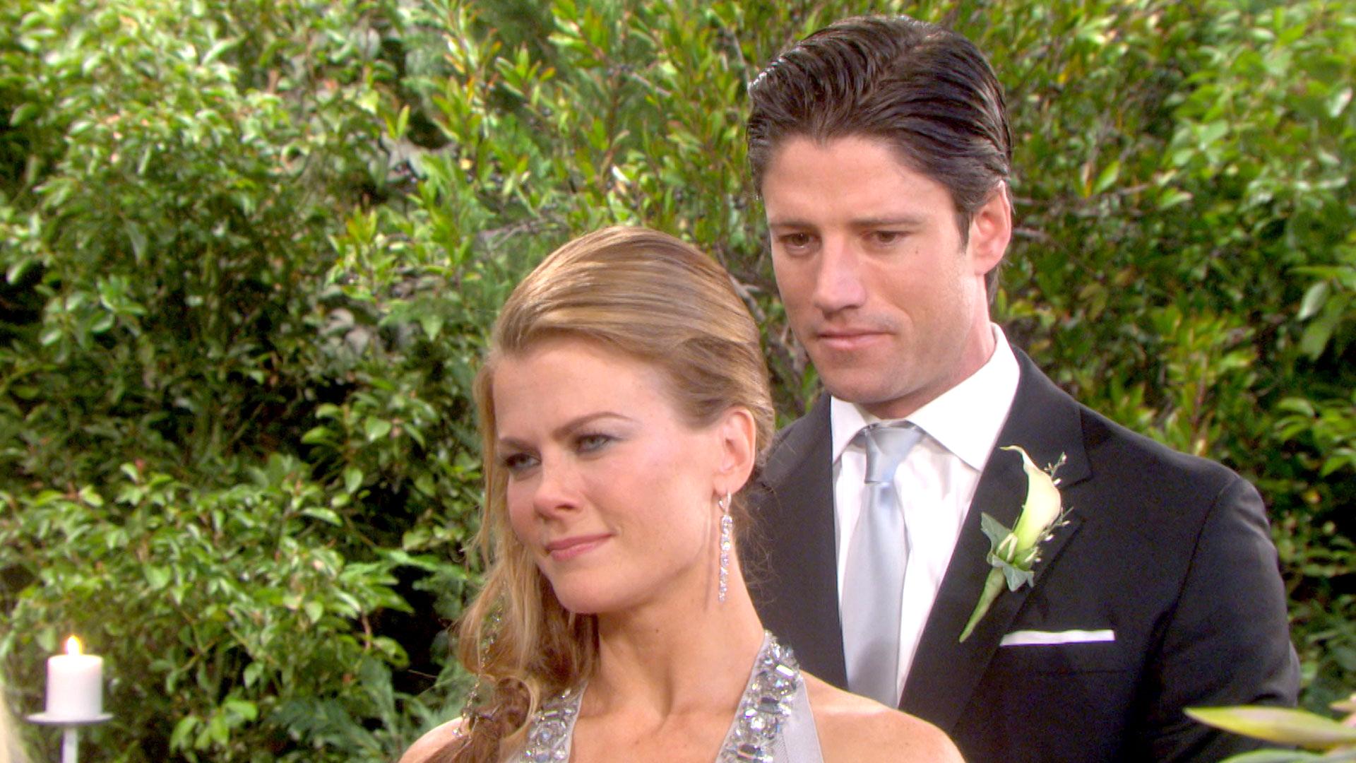 Sami and EJ's wedding begins.