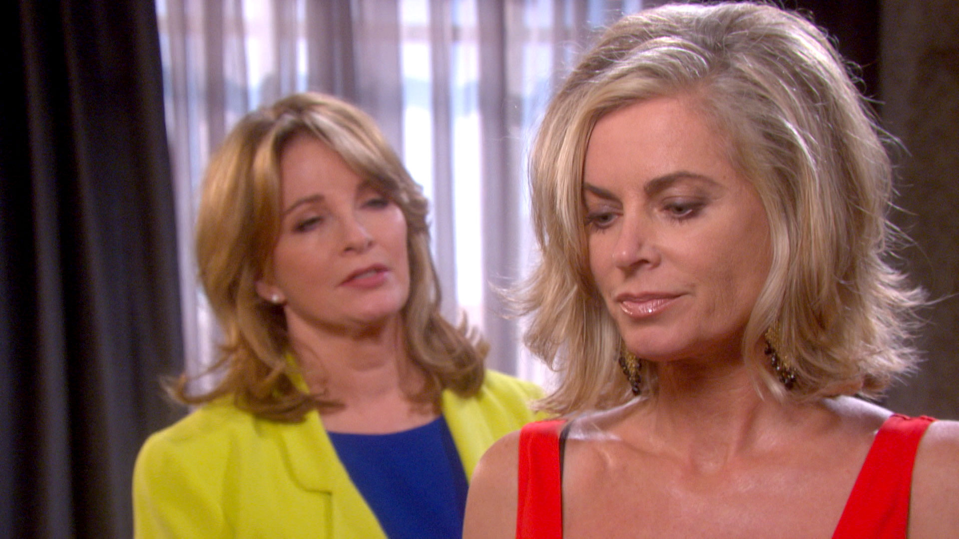 Kristen stuns Marlena with a revelation.