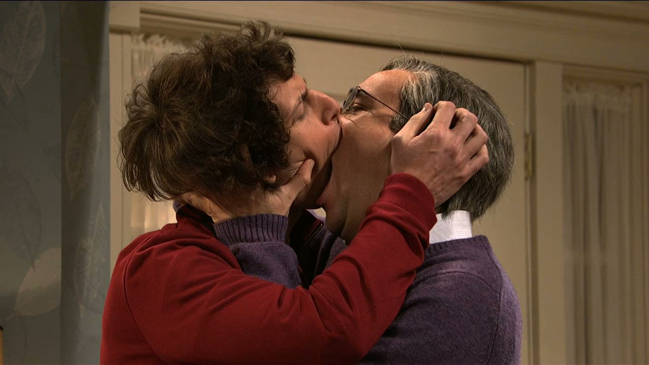 gay college kissing