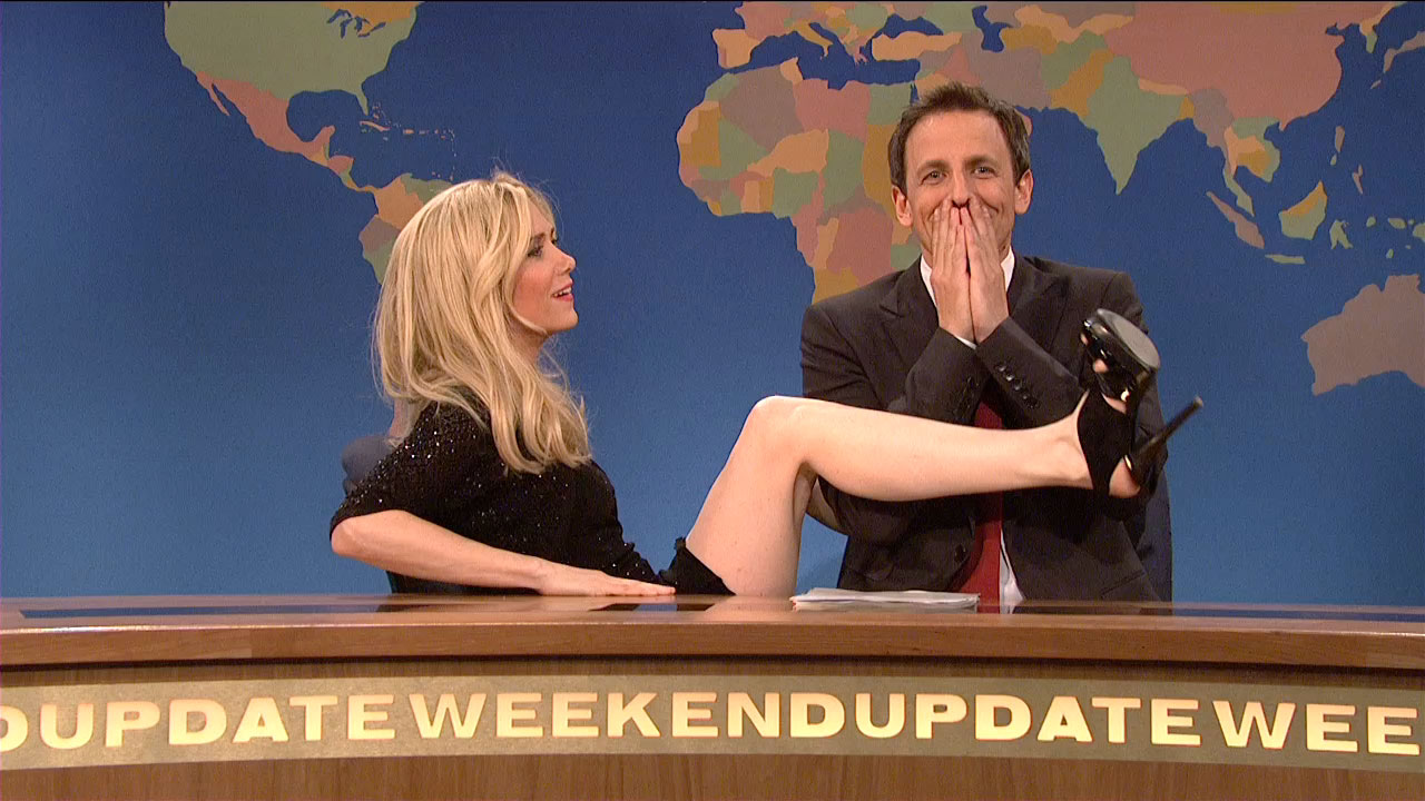 """flirting girl snl Adds another onlooker: """"scarlett and colin were flirting and canoodling in full view of everyone at the afterparty, including the 'snl' cast and crew they were laughing 3:46 pm cardi b is having a little girl we also know."""