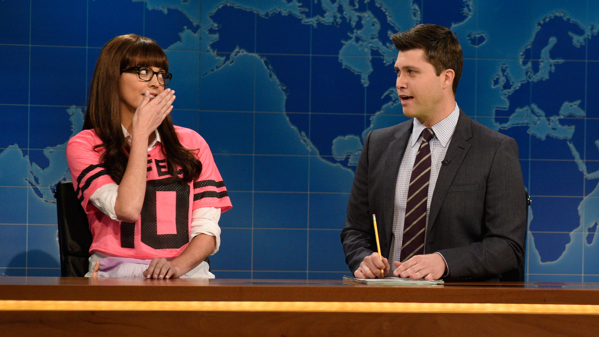 Watch Weekend Update One Dimensional Female Character On