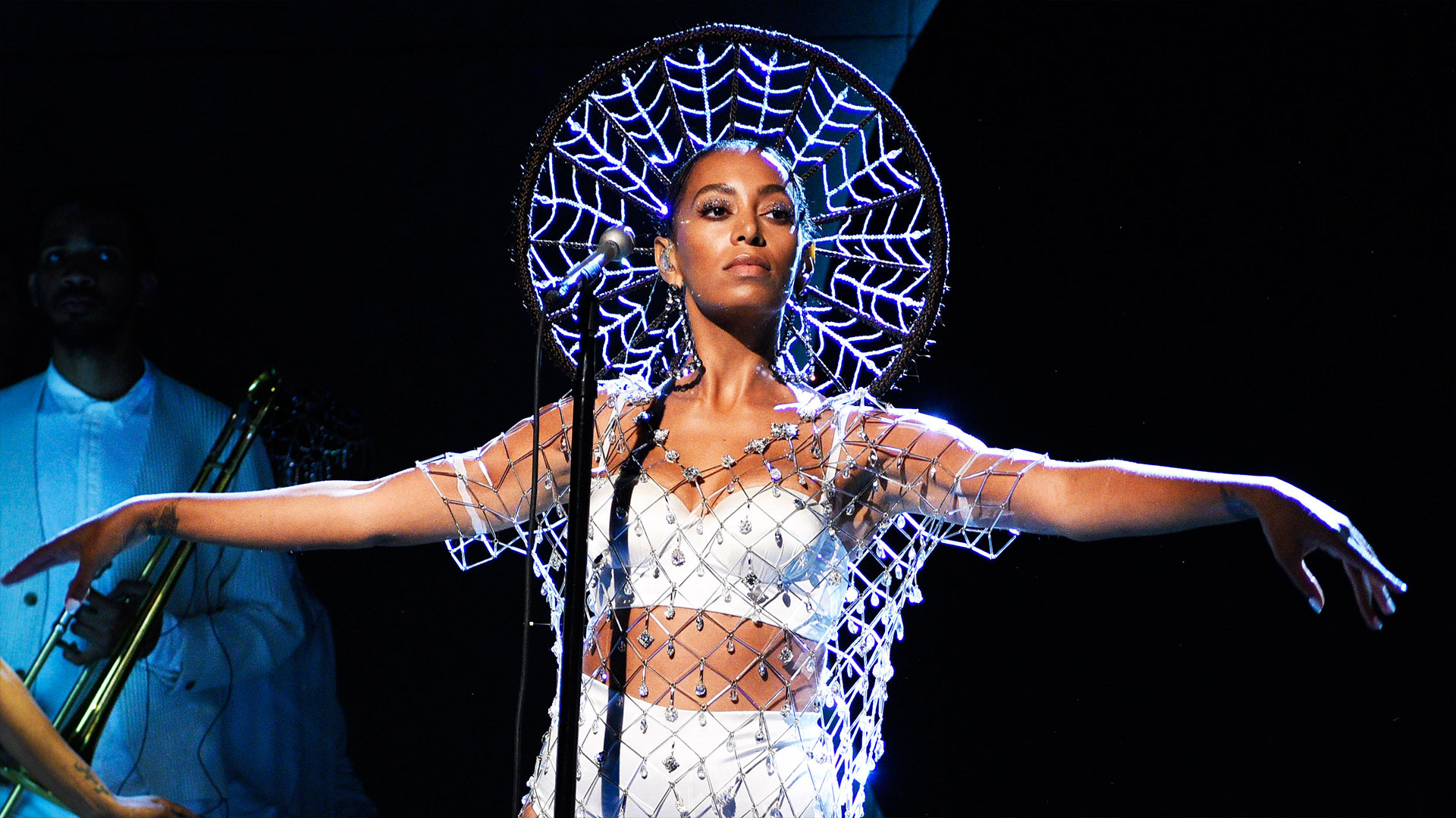 Watch Solange: Cranes in the Sky From Saturday Night Live ...