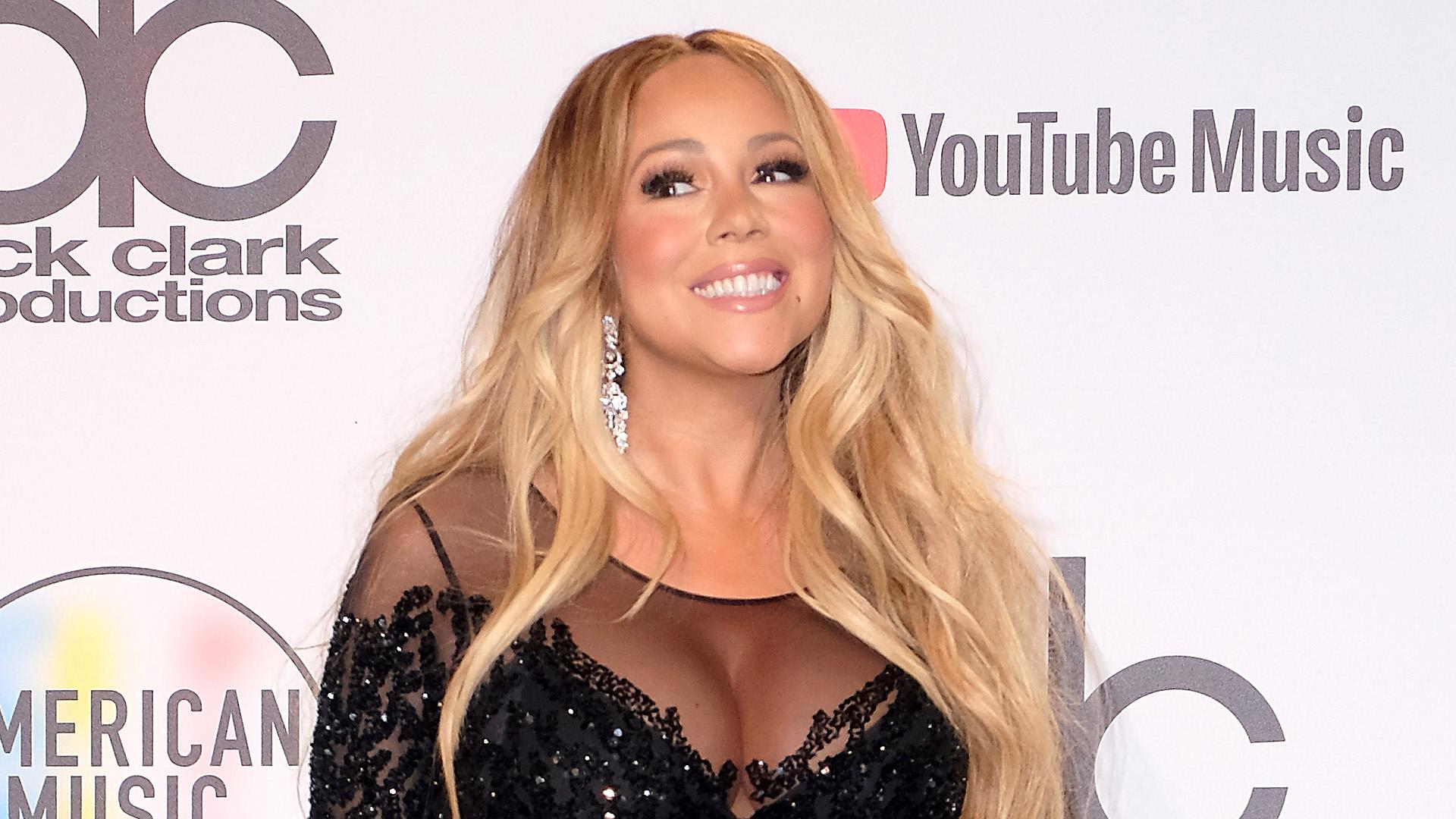 brand new 50973 70124 181015 3812746 Mariah Carey Shares Big Album News With The  anvver 1.jpg