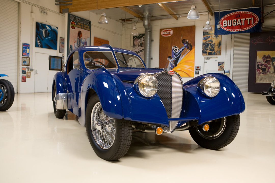 Jay leno 39 s garage 1937 bugatti type 57 sc atlantic photo for Garage auto 57