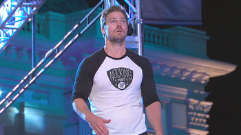 Stephen Amell on Ninja Warrior