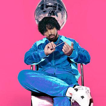 Drake: Bumper Photos
