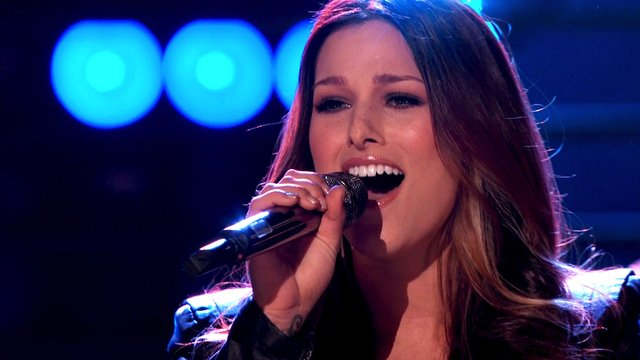 "Cassadee Pope: ""I Wish I Could Break Your Heart"""