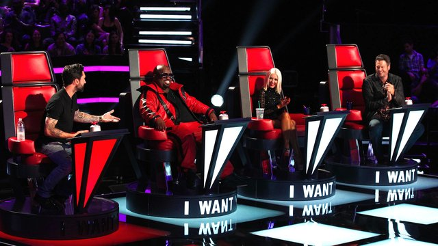 The Blind Auditions Premiere
