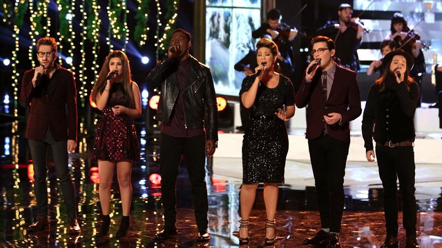 "Cole, Jacquie, James, Will, Matthew and Tessanne: ""O Holy Night"""