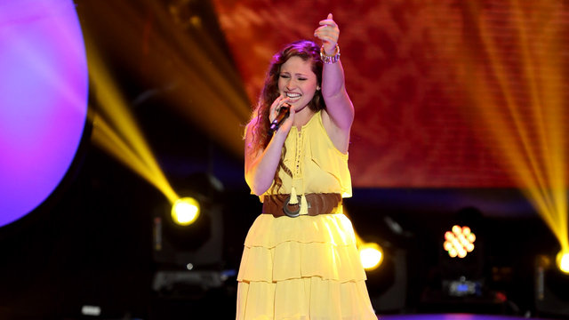 """Nicole Johnson's Blind Audition: """"Mr. Know It All"""""""