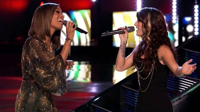 "Amanda and Cassadee: ""Breakaway"""