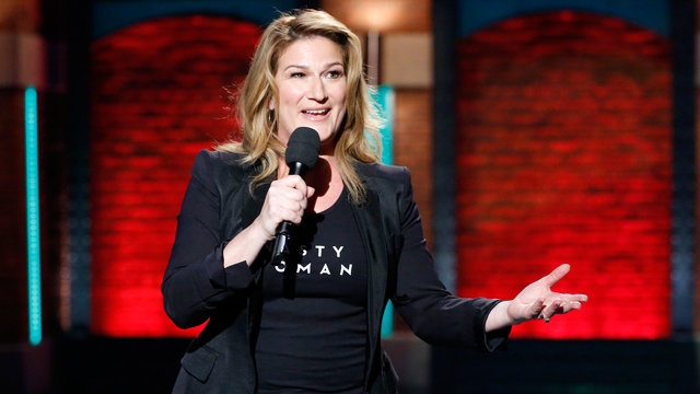 "Ana Gasteyer Performs ""Trump Kind of Christmas"""