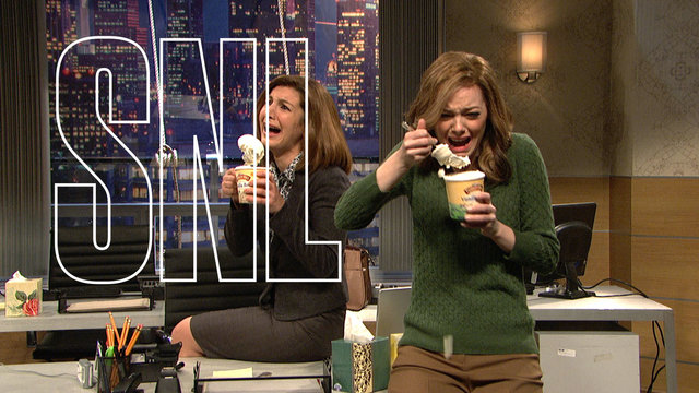 Emma Stone Returns to SNL