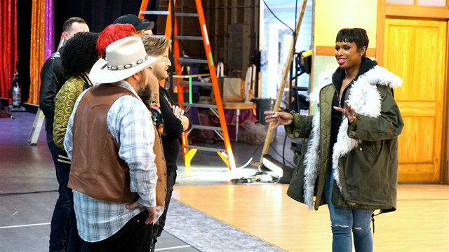 Touring the Hairspray Live! Set with Jennifer Hudson