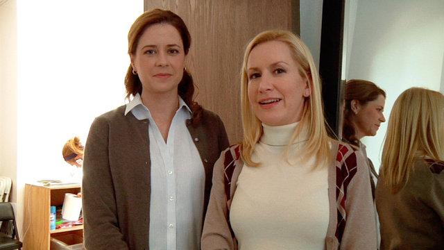 Jenna and Angela's Secrets of the Set