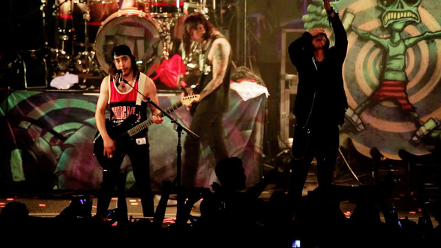 Pierce the Veil: King For A Day