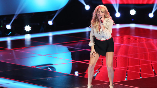 """Liz Davis' Blind Audition: """"Here for the Party"""""""