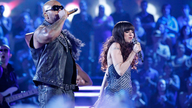 "Flo Rida and Juliet Simms: ""Whistle/Wild Ones"""