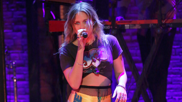 "Tove Lo: ""True Disaster"""