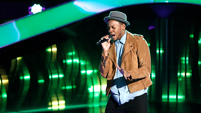 """Chris Blue Blind Audition: """"The Tracks of My Tears"""""""