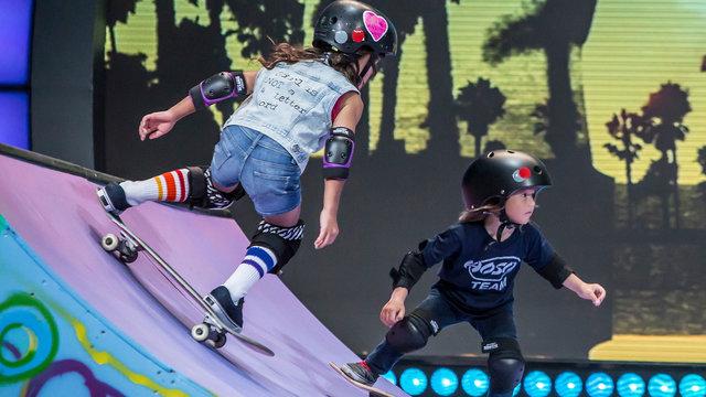 Little Skater Ladies