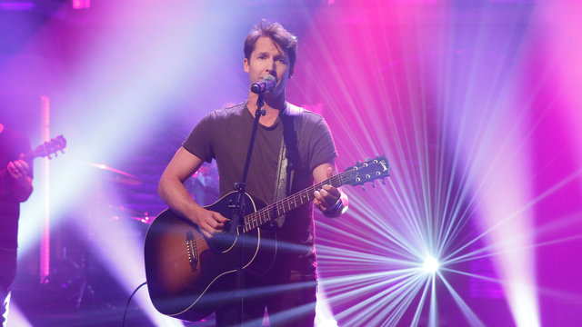 "James Blunt: ""Someone Singing Along"""
