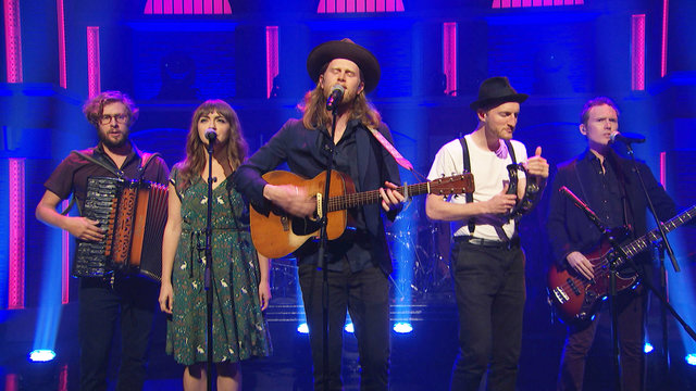 "The Lumineers: ""Walls"""