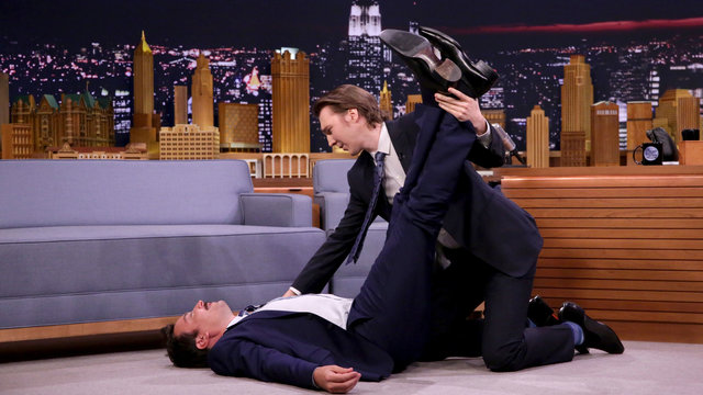 Paul Dano Stretches Out Jimmy Fallon
