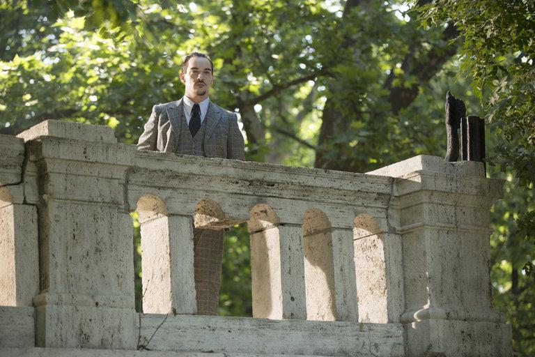Pictured: Jonathan Rhys Meyers as Alexander Grayson