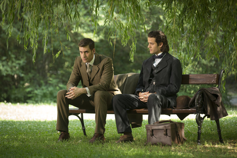 Pictured: (l-r) Oliver Jackson-Cohen as Jonathan Harker, Miklos Banyai as Szabo -- (Photo by: David Lukacs/NBC)