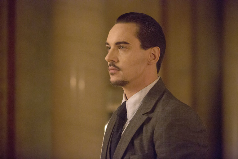 Pictured: (l-r) Jonathan Rhys Meyers as Alexander Grayson -- (Photo by: David Lukacs/NBC)