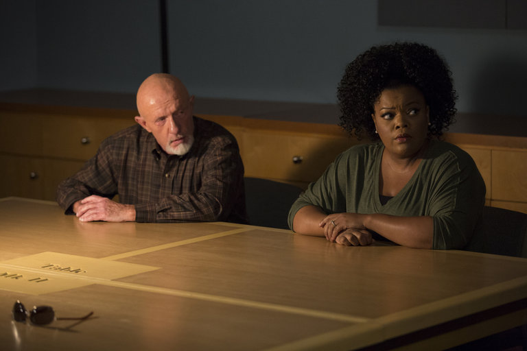 "COMMUNITY -- ""Basic Sandwich"" -- Pictured:  (l-r) Jonathan Banks as Professor Hickey, Yvette Nicole Brown as Shirley Bennett -- (Photo by: Justin Lubin/NBC)"