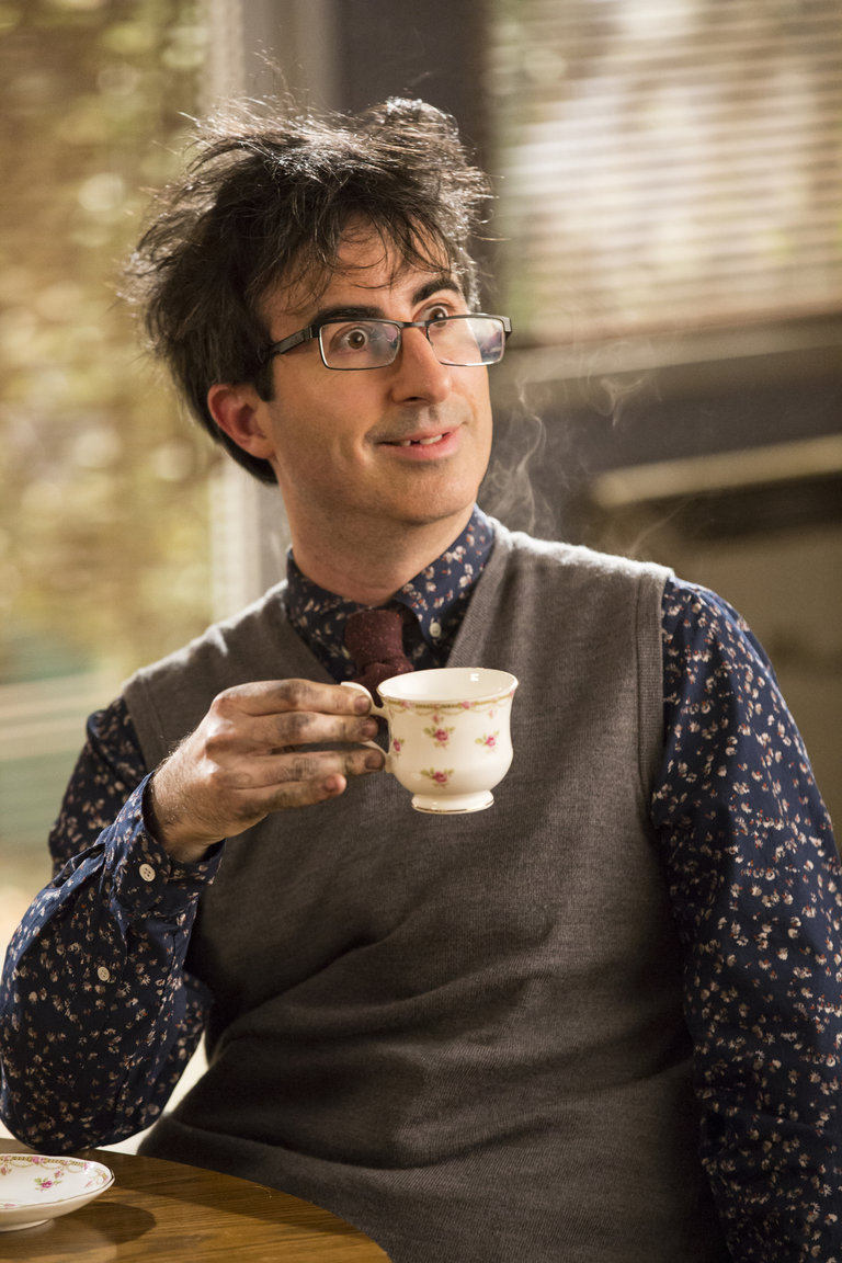 "COMMUNITY -- ""Basic Sandwich"" -- Pictured: John Oliver as Professor Duncan -- (Photo by: Justin Lubin/NBC)"