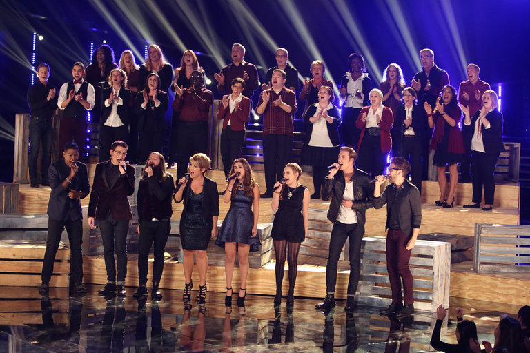 """THE VOICE -- """"Live Show"""" Episode 516B -- Pictured: (l-r) Tessanne Chin, Matthew Schuler, James Wolpert, Cole Vosbury, Jacquie Lee, Caroline Pennell, Ray Boudreaux, Will Champlin with The Starbucks Choir -- (Photo by: Tyler Golden/NBC)"""