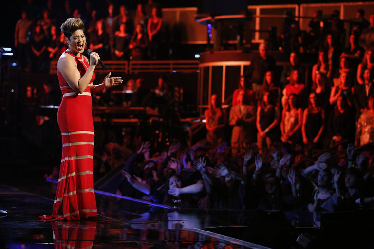 """Tessanne closed out the night by joining her fellow finalists Jacquie and Will for a performance of The Jackson 5's """"I'll Be There"""" and by revisiting her blind audition song, Pink's """"Try."""""""