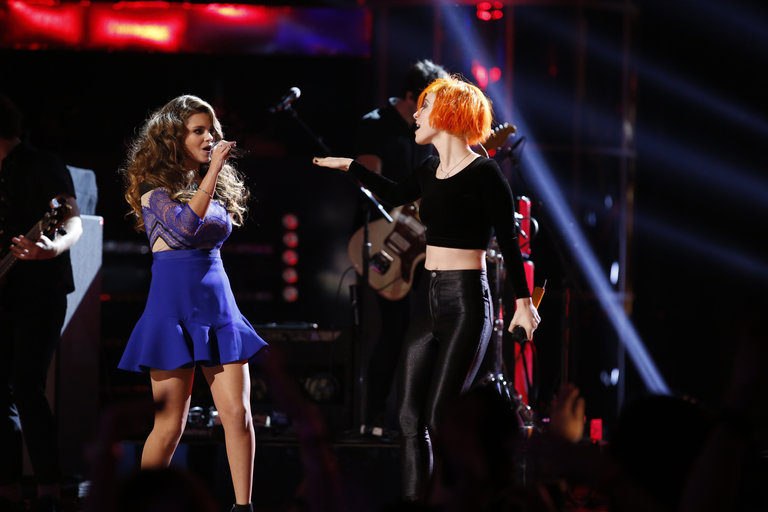 "THE VOICE -- ""Live Finale"" Episode 519B -- Pictured: (l-r) Jacquie Lee, Paramore -- (Photo by: Trae Patton/NBC)"