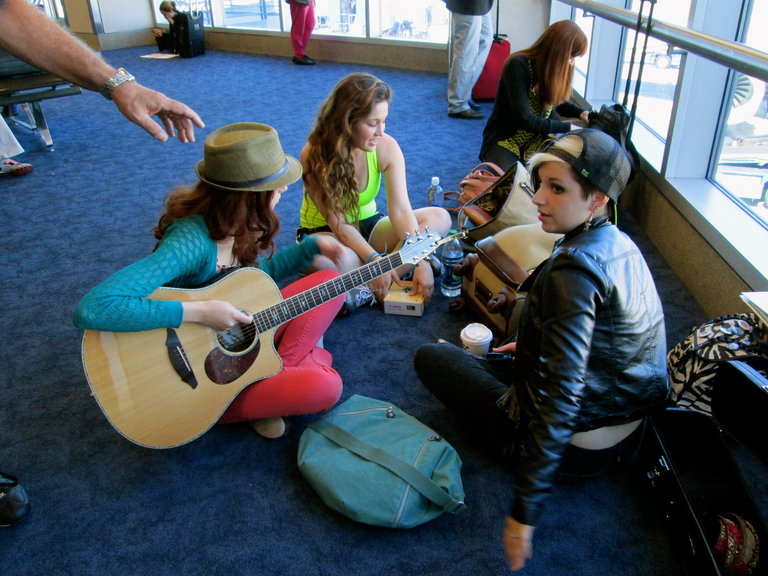 Airport jam sessions are awesome...