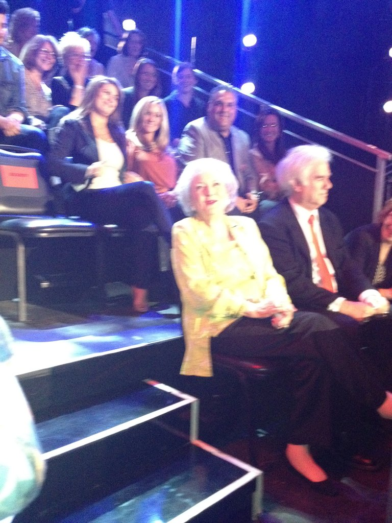 And that would be Betty White. 3 feet away from me. Lawdy.