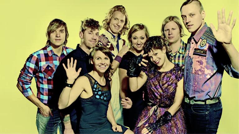 Arcade Fire Photo Bumper