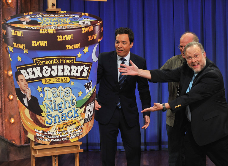 """Celebrities Visit """"Late Night With Jimmy Fallon"""" - March 2, 2011"""