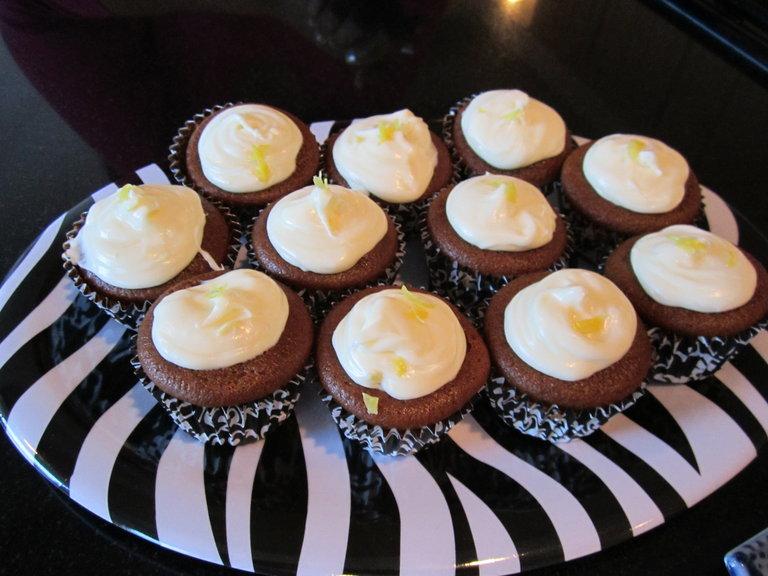 Gingerbread Lemon Cupcakes!
