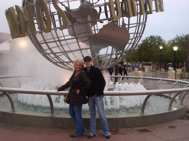Jordan & his mama at Universal Studios